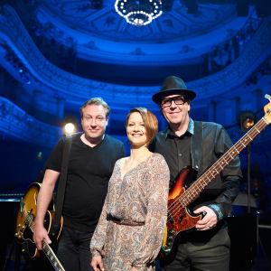 Hans on The Bass ohjelmassa Melkein unplugged