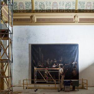 Rembrandtin Yövartio Alankomaiden Rijksmuseumin remontin keskellä