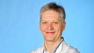 Erik Qvist, barnläkare
