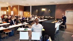 Osallistujia MeMad-tutkimushankkeen kansainvälisessä aloitusseminaarissa 16.1.2018.