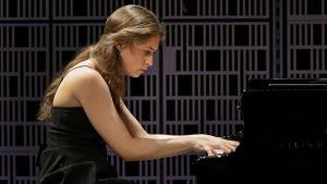 Daria Parkhomenko Maj Lind -pianokilpailun alkuerässä.