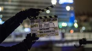 Närbild på en klaff från inspelningen av East of Sweden.
