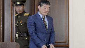 En av de tre fängslade amerikanerna, den kristna aktivisten Kim Dong-Chol har dömts till tio års straffarbete för spionage