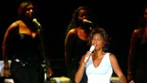 Whitney Houston i Thailand 2004