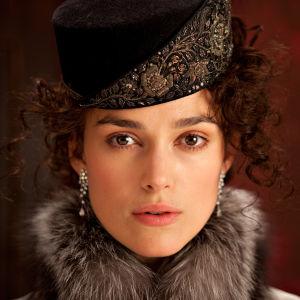 Keira Knightley on Anna Karenina samannimisessä elokuvassa (2012)