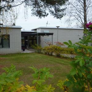 Västra Nylands folkhögskola i Karis.