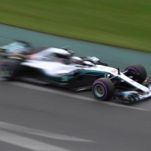 Lewis Hamilton dominerade tidskvalet i Australien