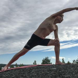 En yogande Kaj Arnö