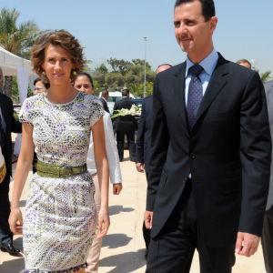 Syriens president Bashar al-Assad och hans fru Asma al-Assad i juli 2010, före kriget började.