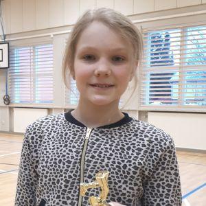 Saga Törmäkangas sprang 200 km runt skolgården