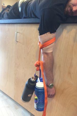reponering av en axel som gått ur led