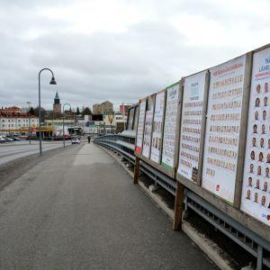 Valaffischer i Åbo.