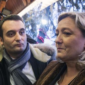 Florian Philippot och Marine Le Pen i Paris  år 2014.