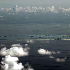 En flygbild av en ö i Sydkinesiska havet.