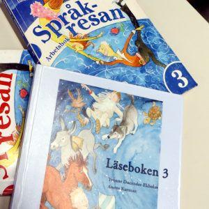 Svenska lågstadie skolböcker.