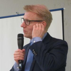 Jordbruks- och miljöminister Kimmo Tiilikainen, centern