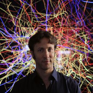 David Eagleman, tiedesarjan Aivot juontaja