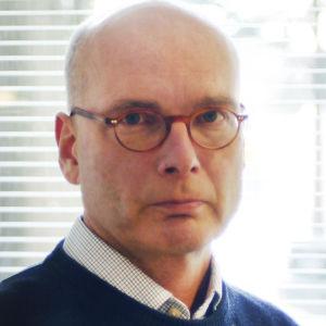 Neurologian ja psykiatrian erikoislääkäri Risto Vataja on HYKS:in vanhus-, neuro- ja päihdepsykiatrian johtaja