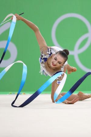 Ekaterina Volkova uppträder i OS i Rio.