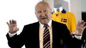 Lars-Åke Lagrell var ordförande för SvFF när avtalet slöts.