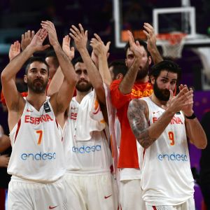Spaniens spelare firar seger, EM 2017.