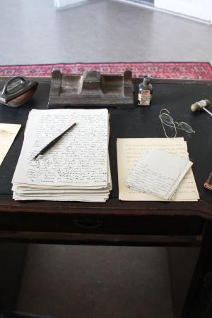 Överläkarens skrivbord, 1800-tal.