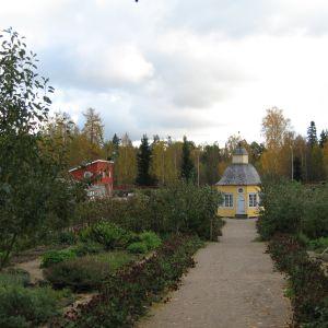 Aspegrens trädgård sett från prostgården