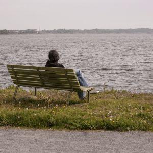 Hoppa av ekorrhjulet - du kan börja med att sätta dig ner och njuta av dagen en stund