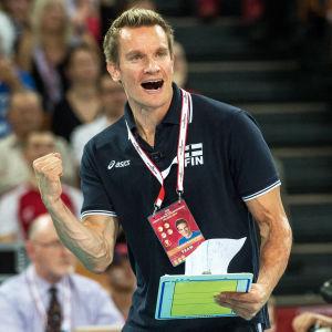 Tuomas Sammelvuo, volleybollandslagets tränare, 2014.