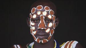 Etiopialainen Korkodi on yksi 2020:sta Human-elokuvaan haastatellusta ihmisestä.
