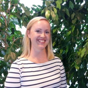 Bokbloggaren Jessica Andersin är enväldig jury för Svenska Yles litteraturpris år 2017.