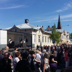 Gatumarknad i stadsdelen Port Arthur i Åbo.