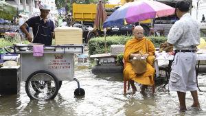 20.9. Prisma-dokumentin aiheena ovat tulvat. Kuvassa tulva Bangkokissa.