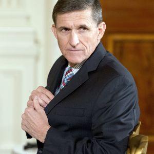 Donald Trumps nationella säkerhetsrådgivare Michael Flynn meddelade den 14 februari 2017 att han avgår.