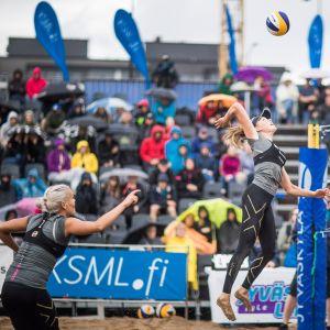 Taru-Lahti Liukkonen och Anniina Parkkinen spelar