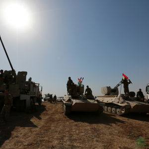 Peshmerga forces take part in an operation to liberate several villages from the control of the so-called Islamic State (IS) militant group, southeast of Mosul, Iraq