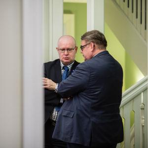 Ministrar förhandlar