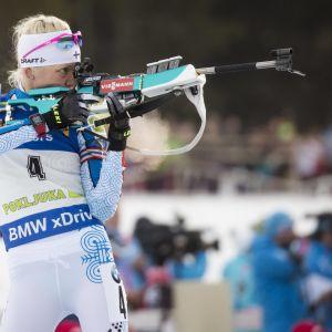 Kaisa Mäkäräinen är i farten i vinter igen.