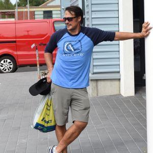 Teemu Selänne njuter av livet utanför ishockeyrinkarna.