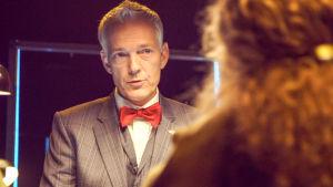 Tony Evald Clausen analyserar parens berättelser i tv-serien En natt eller mer?