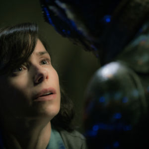 Närbild av Sally Hawkins i The Shape of Water.