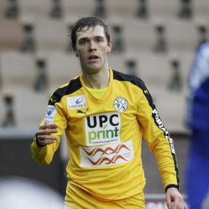 Veli Lampi är en fotbollsspelare.