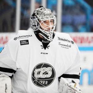 Aleksandar Georgiev i TPS målvaktskläder