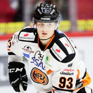 Kristian Vesalainen i HPK:s tröja.