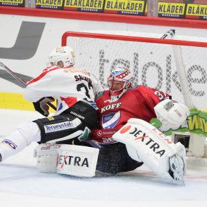 HIFK-JYP, Niklas Bäckström och Mikko Salmio.