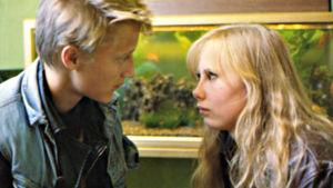 Esa Niemelä ja Kati Outinen elokuvassa Täältä tullaan elämä.