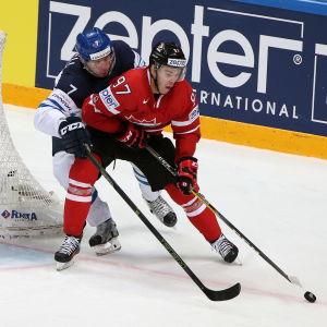 Connor McDavid spelar mot Finland.