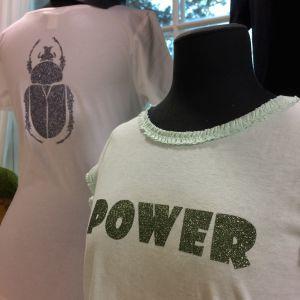 T-tröjor med glittermönster