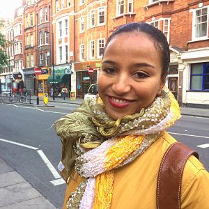 Minna Salami på gatan i London