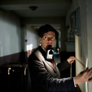 Scen ur filmen Elser.